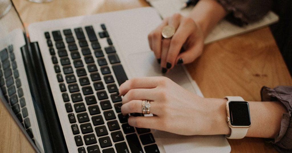 Cum să alegeți un content writer potrivit