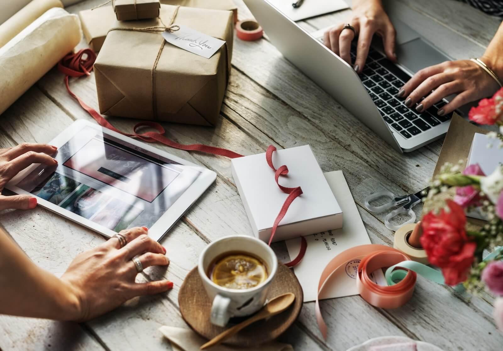 Cum să vă lansați un produs în mediul online