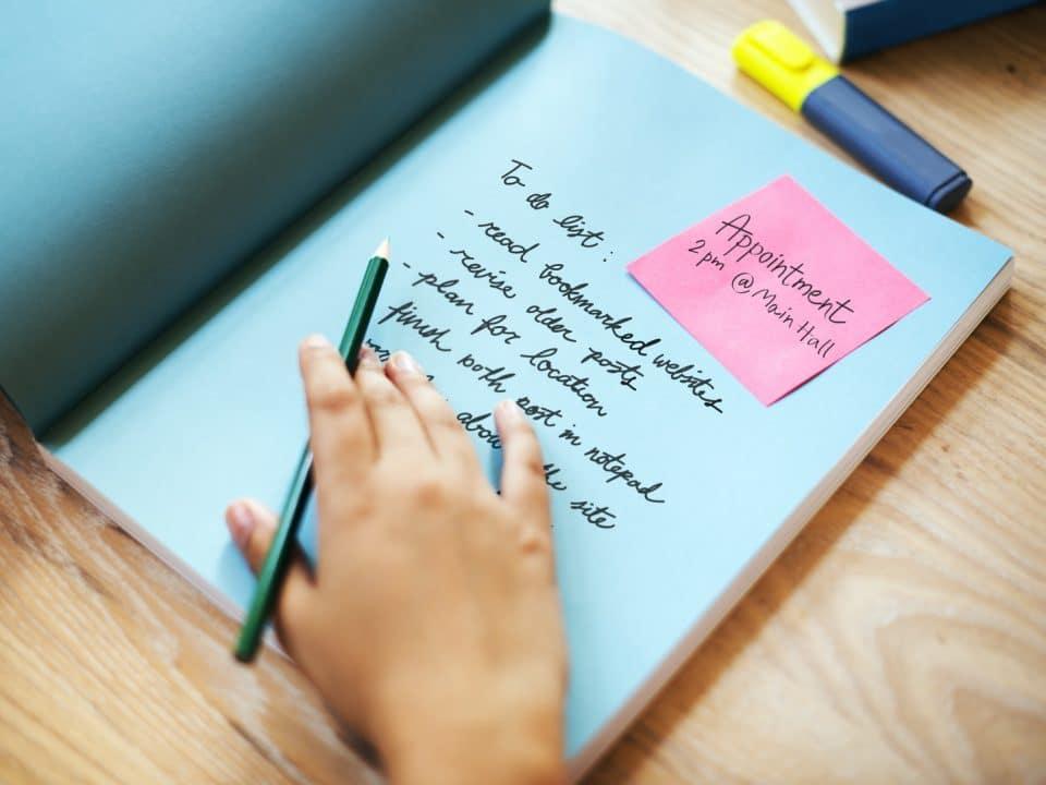 Trei greșeli des întâlnite atunci când scrieți un articol de blog